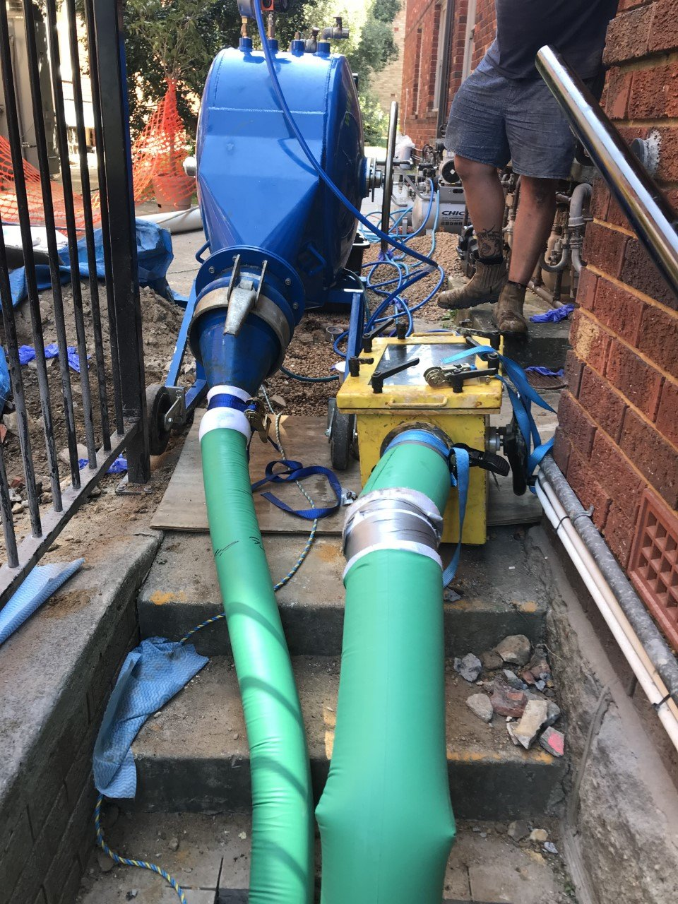 Pipe relining sewer and stormwater lines by Revolutionpiperelining.com.au